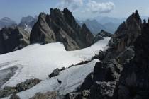 Dieses Jahr hatten wir wieder Wetterglück: Kurz vor dem Gipfel des Fünffingerstock 2994m.