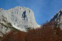 Die Karlspitze Südwand, unsere Route in Bildmitte