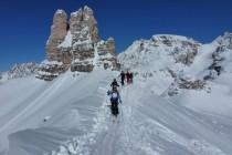 Kurz vor dem Gipfel des Sextenstein, hinten der Toblinger Knoten