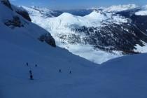 ...führt die Skitour...
