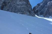 Die Sonne kam rechtzeitig hinter dem Monte Pelmo hervor und lieferte uns im unteren Teil der Abfahrt noch Butterfirn...
