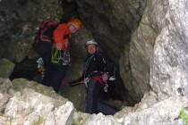 Das spektakuläre Ende der Tour ist ein kleiner Schlupf aus der Grotte...