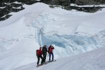 ...Anengletscher nach Fafleralb war vom Feinsten, über 2200 Höhenmeter, Gletscherbrüche, Firn, usw...