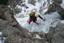 Markus am Ausstieg des großen Vorhangs, die rechte von drei Möglichkeiten. Die letzte schwierige Eis-Seillänge, 45m, bis 85 Grad.