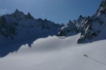 Von der Ob.Ochsenscharte südlich an der Vorderen Jamspitze (links) vorbei, landschaftlich sehr schön, aber…