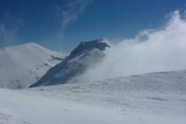 ...und der Blick auf den Monte Vettore (li.) und den M. Redentore frei.