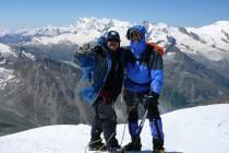 Am Gipfel der Weissmies. Im Hintergrund Monte Rosa