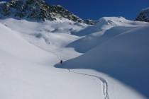 Von La Veduta an der Julierpass-Straße auf den Piz Campagnung 2864m, dann Abfahrt durch das Val da Natons nach Marmorera.