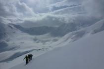 Die zweite Woche begann mit schlechtem Wetter. Einzig in der Region Lyngseidet war es etwas besser. Im Aufstieg...