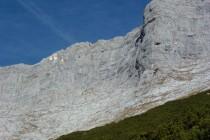 Kompakter Kalk in der Guffert Südwand