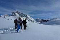 ...der Blick öffnet sich zur Bernina. Ein herrlicher Tag.